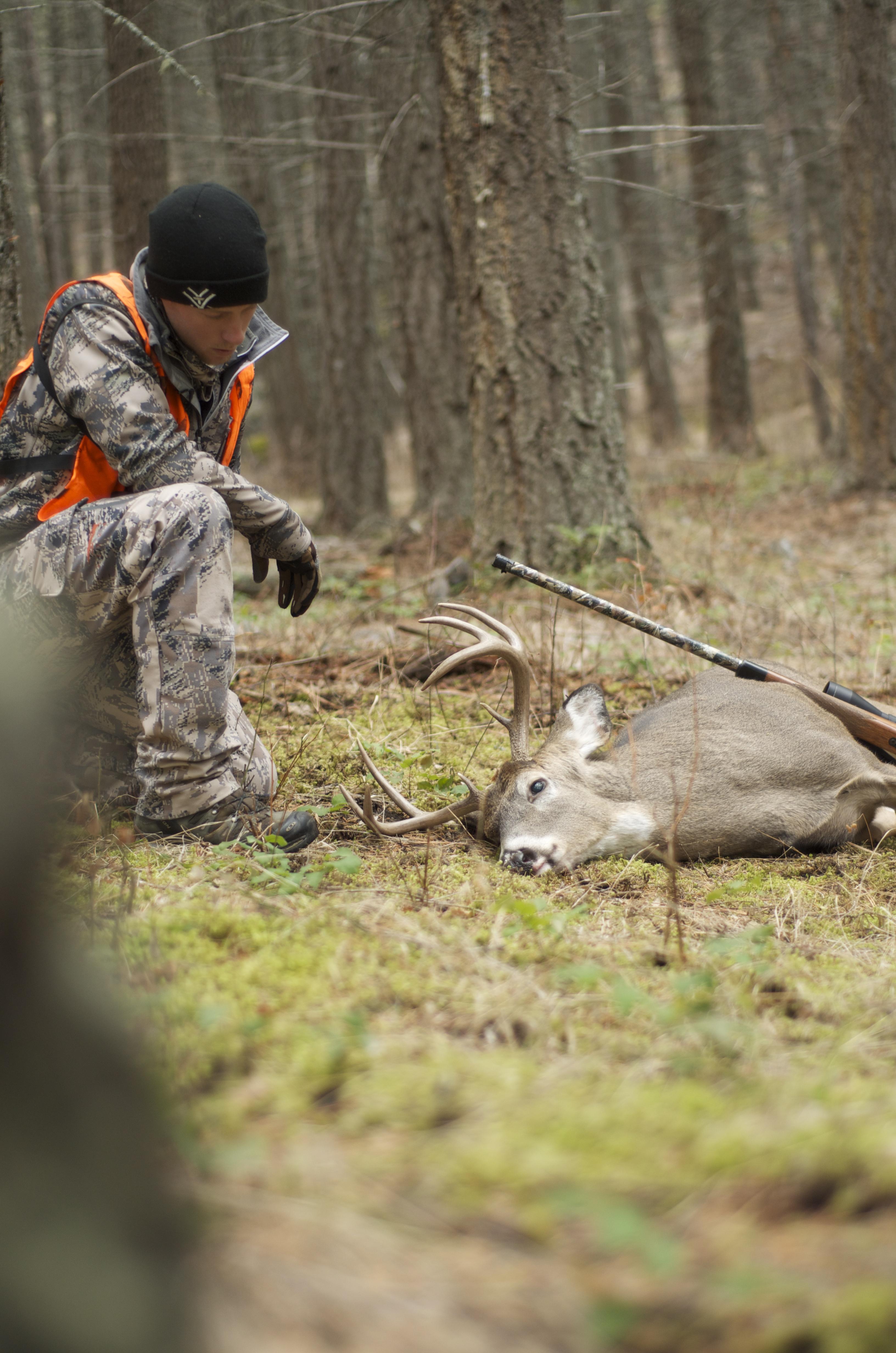 #deerhunting #buck #whitetaildeer #montana #hsmammo #huntingshack #riflehunting #westernmontana #biggame #sitkagear
